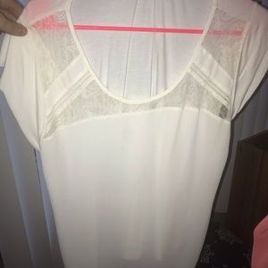 Off white lace pretty shirt by Express